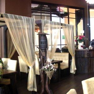 шторы для кафе зонирование